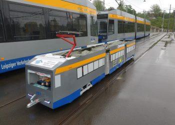 Mini tramm 1157 im vergleich zum NGT 8