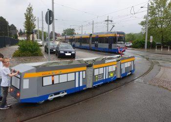 Rangierfahrt Mini Tram1157 in Dölitz