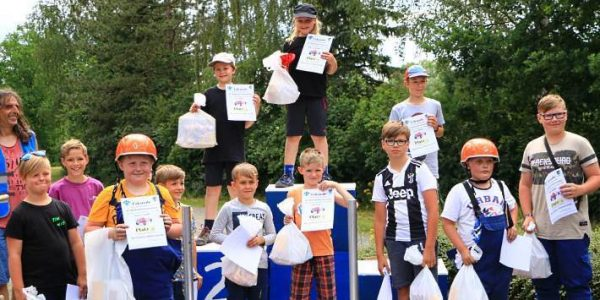Ehrung der Sieger Seifenkistenrennen Kitzscher 2019